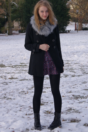 gray H&amp;M scarf - black Primark coat - blue Zara dress - black we who see boots