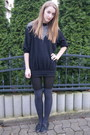 Black-beyond-retro-sweater-gray-h-m-socks-black-topshop-shoes