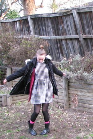 white dress - black coat - hot pink accessories