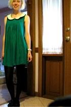 black oxford shoes - green dress - stockings