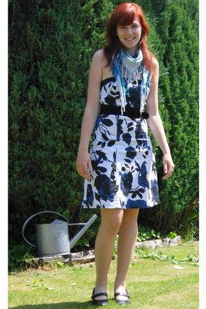 white dress - blue scarf - black shoes