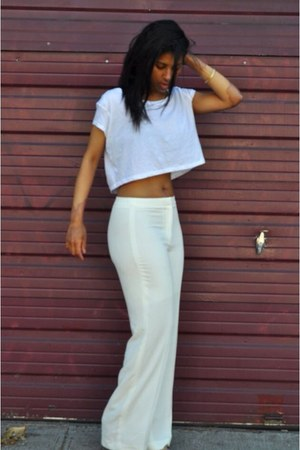 white Zara top - beige H&M pants