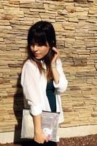 white dotted Gap shirt - forest green Bershka top - black Zara pants