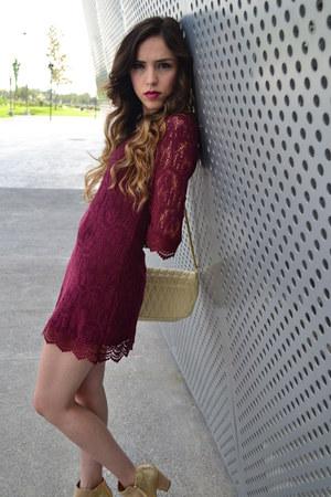 crimson lace H&M dress - cream leather Aldo boots - cream leather vintage bag