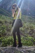 black waxed H&M jeans - black leather Michael Kors bag