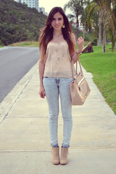 beige leather Aldo boots - light pink leather Aldo bag