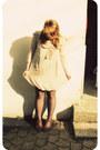 Eggshell-paulettes-vero-moda-dress