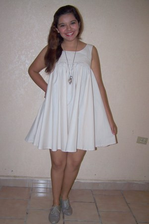 ivory H&M dress - off white oxfords shoes
