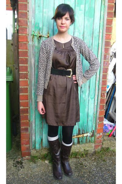 dark brown boots - brown silk shift George dress