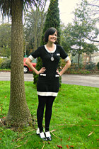 white 60s Mart of China boots - black knitted pop boutique dress
