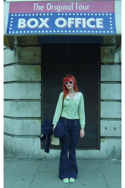 navy Forever 21 jeans - light pink vintage sunglasses