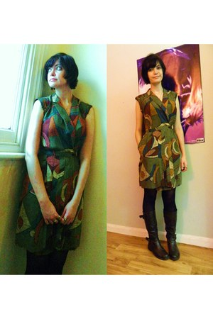 olive green wrap vintage dress - dark brown riding unknown brand boots