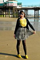 yellow brogues Primark shoes - black polka dot Bonne Chance Collections dress