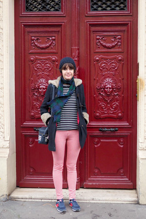navy Joy coat - red checkered Uniqlo leggings - navy stripes new look bag