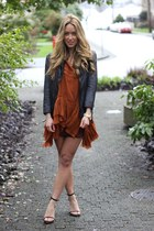 tawny tank Lush shirt - gray leather Muubaa jacket