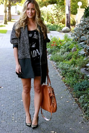 gray long Topshop jacket - black suede shoemint heels