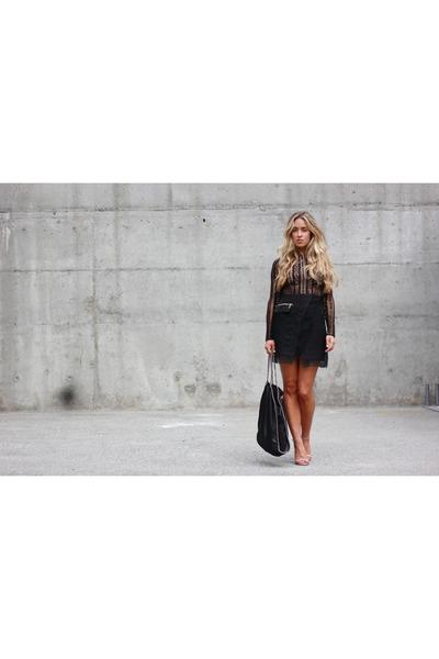 black black Three Floor dress