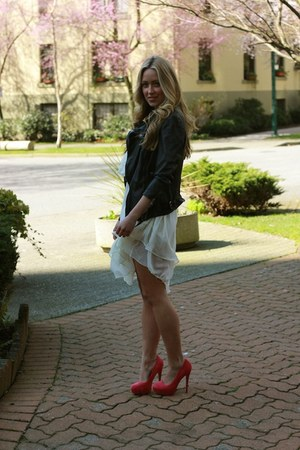 hot pink coco pump Elizabeth Brady heels - dark gray neruda biker Muubaa jacket