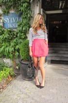 hot pink mini Zara skirt - navy cotton Zadig&Voltaire shirt