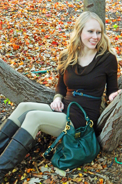 qhiller Marc by Marc Jacobs bag - bare traps boots - Forever 21 dress