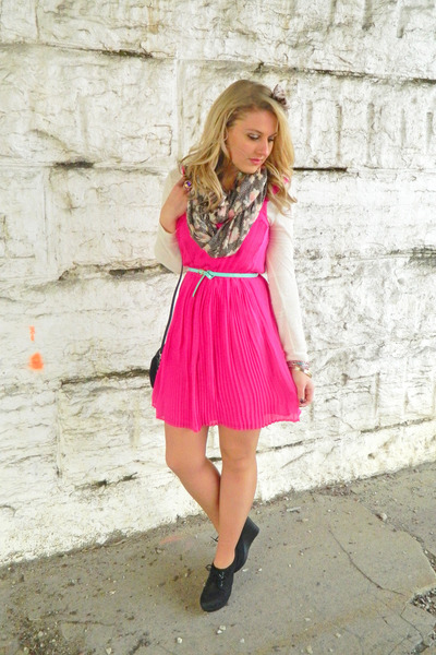 hot pink madewell dress - white Urban Outfitters cardigan - aquamarine asos belt