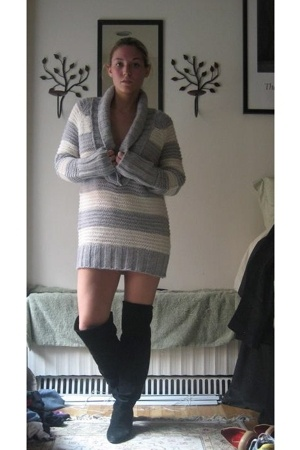 Gap sweater - vintage boots