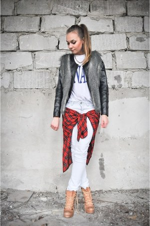 Top Secret jacket - Diverse pants - SH blouse