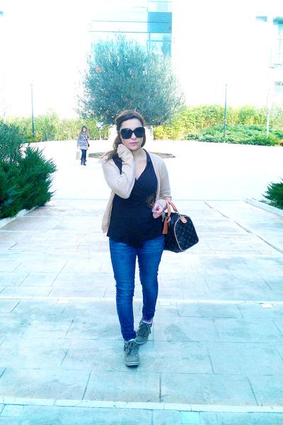 navy H&M jeans - brown Zara shirt - crimson Louis Vuitton purse
