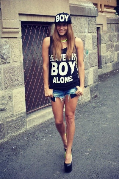Boy top - dv8 shoes - Zara jeans - Boy hat - H&M necklace