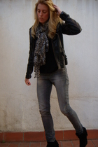 Mike and Chris jacket - LnA t-shirt - H&M jeans - Zara shoes