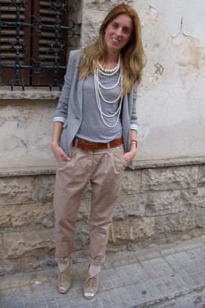 beige Zara pants - beige Forever 21 shoes - silver H&M t-shirt