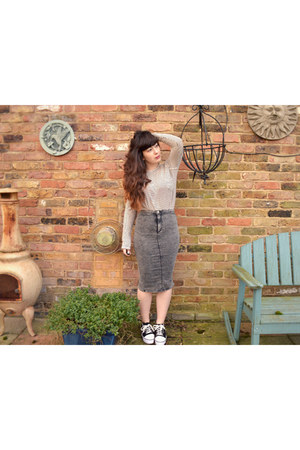 charcoal gray River Island skirt - white Zara top - black Yesstyle sneakers