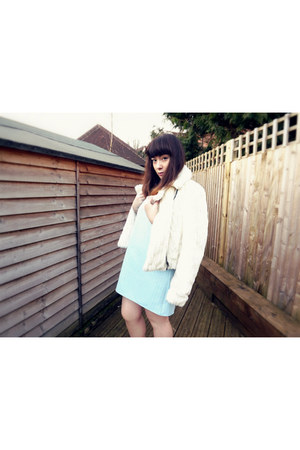 white faux fur coat Urban Outfitters coat
