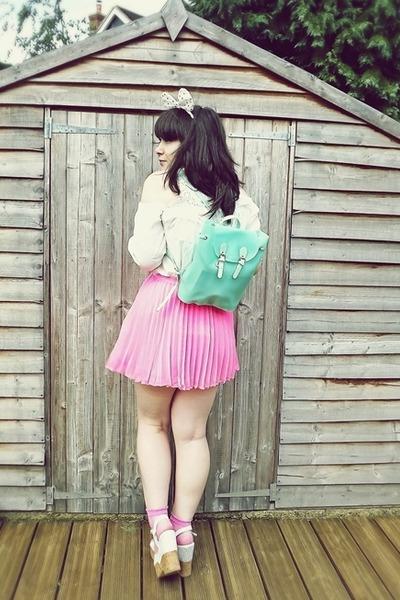 bubble gum H&M skirt - ivory whole-sale dress shirt