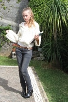 Mango sweater - Levis jeans - macela belt - Sisley boots