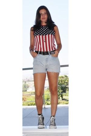 501 Levis shorts - usa flag Levis top - D&G belt - Converse sneakers