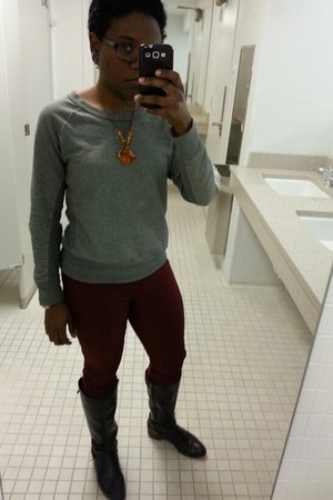 heather gray Gap sweatshirt - dark brown unisa boots - maroon pants