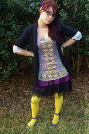 heather gray Kmart shirt - purple Heritage 1981 skirt - yellow Express stockings