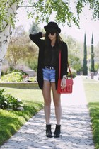 red bag - black polka dot blouse