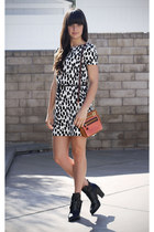 ivory spotted dress - black strap boots - salmon multi colored bag