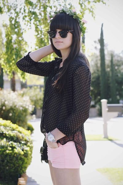 black polka dots blouse - bubble gum neon shorts