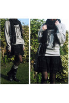 black leather Clarks boots - black chunky knit  scarf - gray Esprit bag