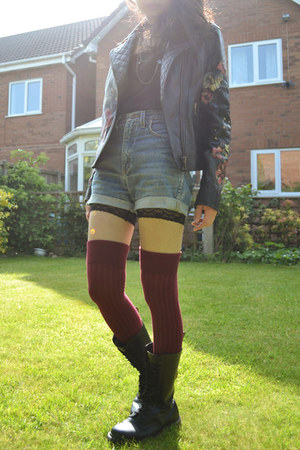 black doc martens boots - black River Island jacket - black DIY shorts