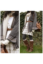 eggshell chunky knit  scarf - burnt orange Safiya boots