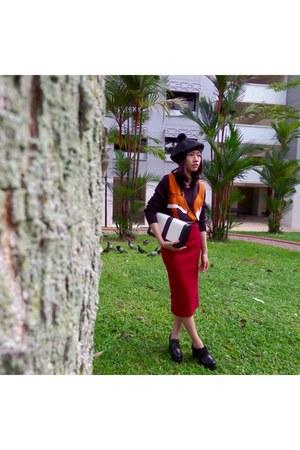 H&M hat - Wonderstellar boots - H&M sweater - wine skirt Rugs & Racks shirt