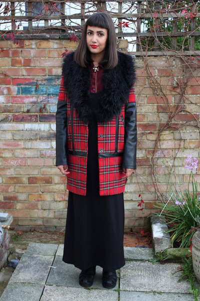 red tartan Primark coat - black Topshop boots
