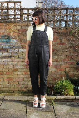 black dungaree Monki romper - white Topshop sunglasses