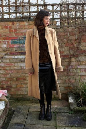 camel sheepskin charity shop coat - black leather zips vagabond boots