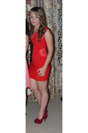 red Joyz shoes - red New Yorker dress - gold H&M ring