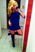 blue shoes - blue dress - black socks